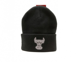 Kulich Mitchell & Ness Chicago Bulls Hardwood Classic Reflective Logo Knit Black