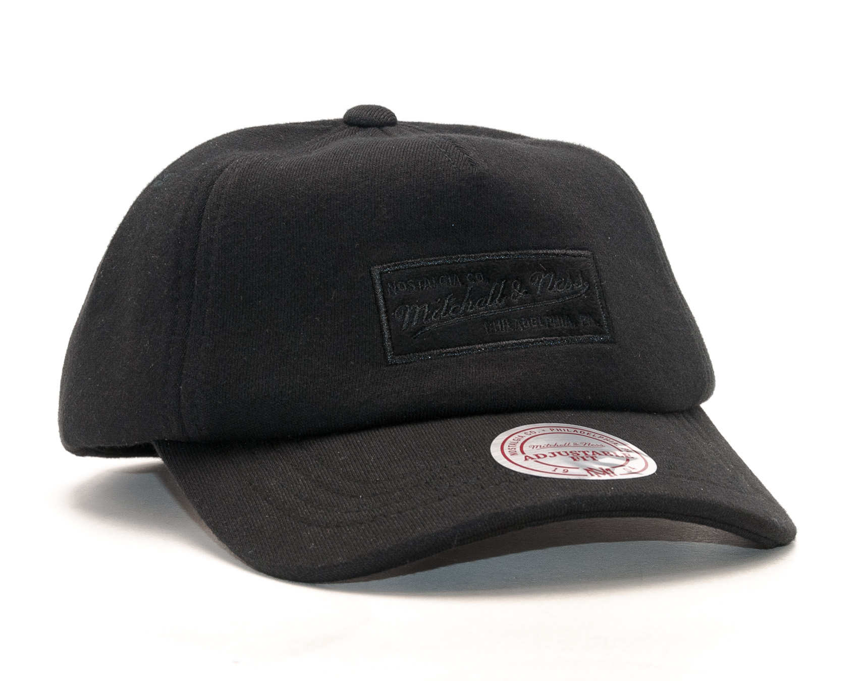 Kšiltovka Mitchell & Ness Throwback Black Snapback