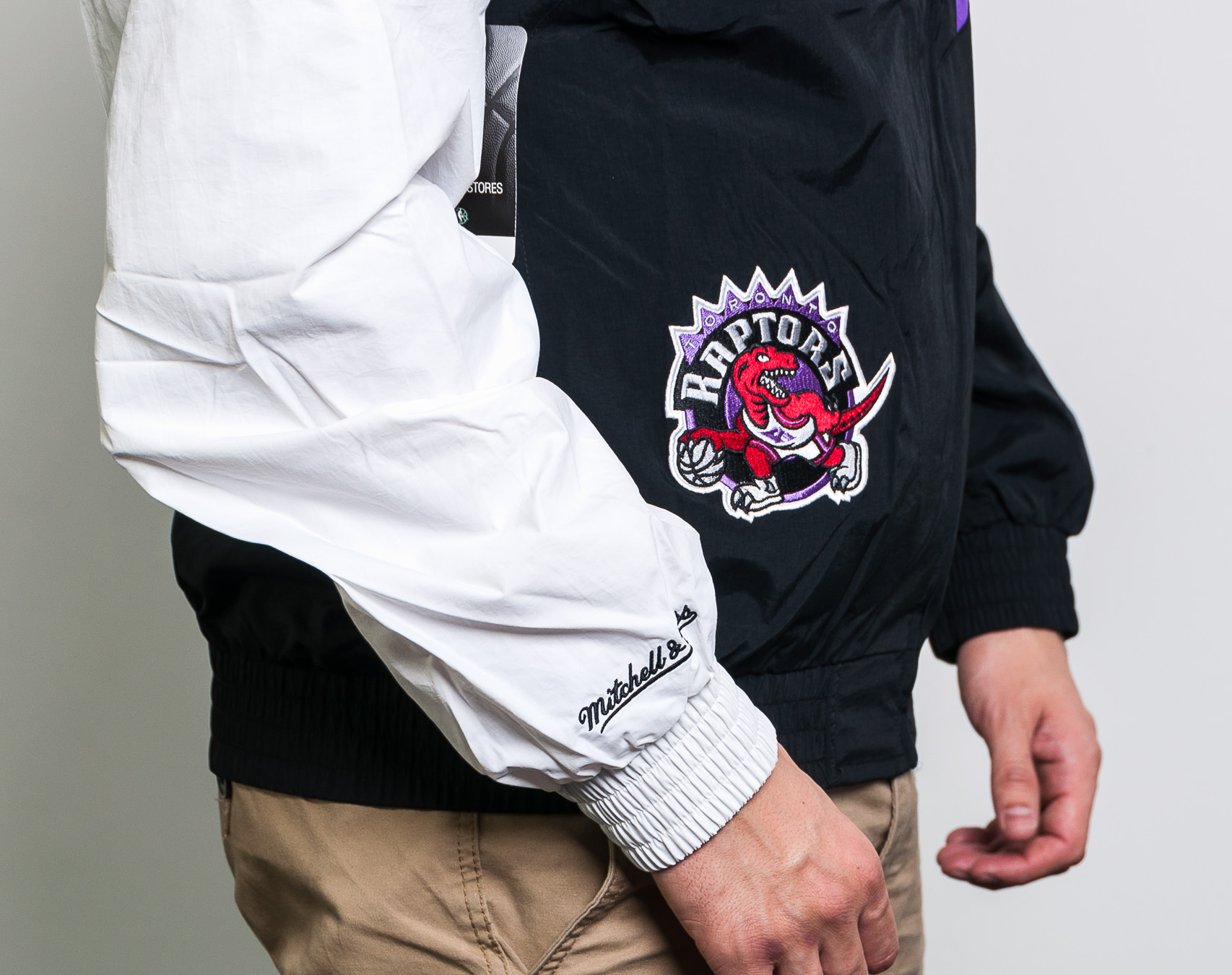 Bunda Mitchell & Ness Toronto Raptors Shark Tooth Jacket Black/Purple/White